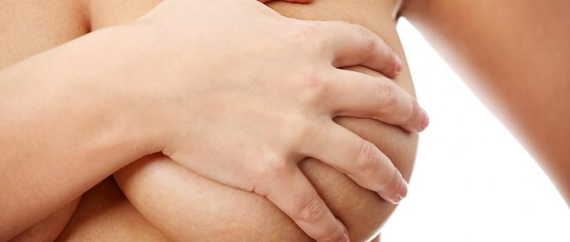Mamoplastia mulher com seios grandes
