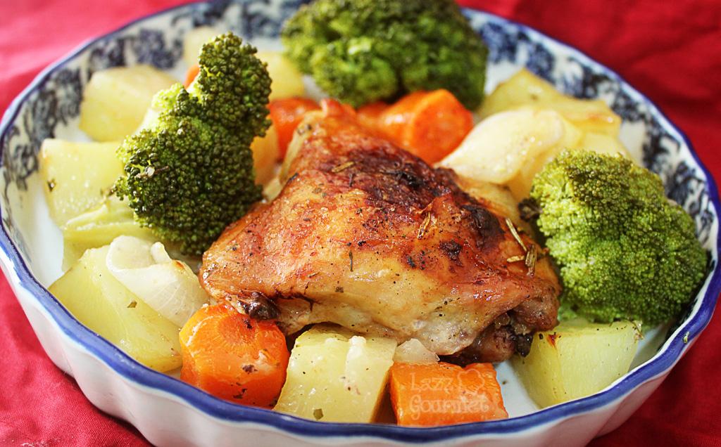 legumes assados no forno com brocolis