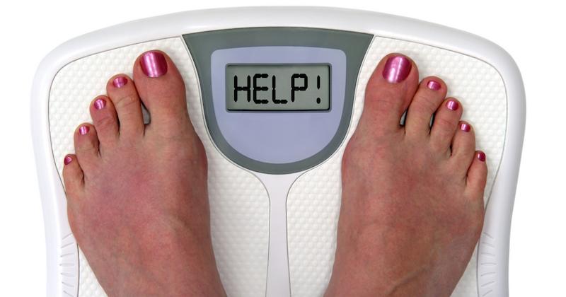 mulher pesando