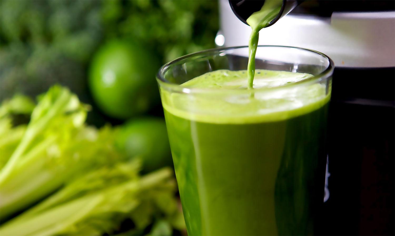 3 alimentos que roubam a sua energia suco de clorofila