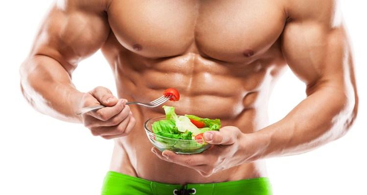 Homem fazendo Dieta para ganhar massa muscular