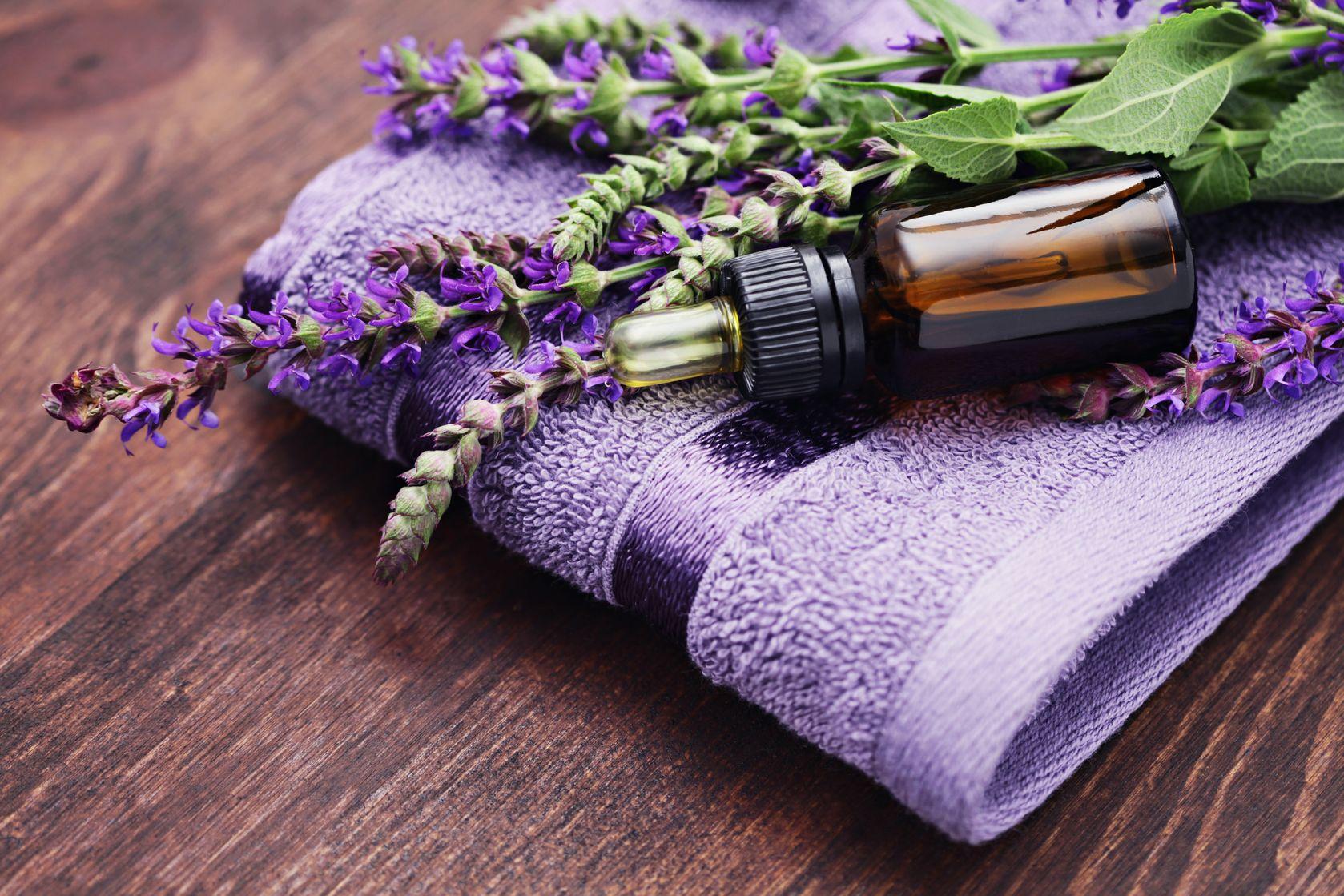 óleo essencial de lavanda utilidades