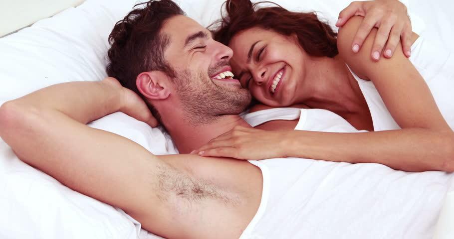 casal feliz grças aos beneficios do taramaster